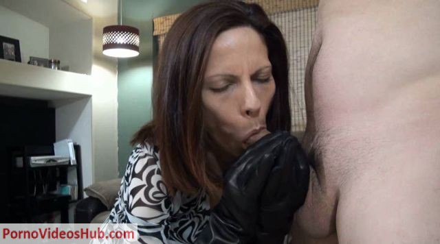 Watch Free Porno Online – Wife Crazy Clip Store presents Leather Gloves Blowjob – Stacie (WMV, SD, 720×480)