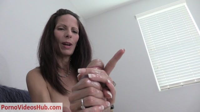Watch Online Porn – Wife Crazy Clip Store presents Rings Around the Cock Handjob (MP4, HD, 1280×720)