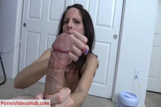 Sexy spanish mom
