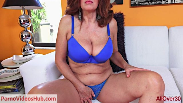 Allover30_presents_Andi_James_53_years_old_Ladies_With_Toys___18.01.2019.mp4.00000.jpg