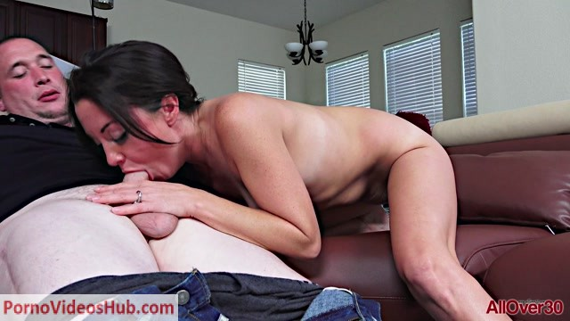 Watch Online Porn – Allover30 presents Harper Wright 34 years old Ladies In Action – 03.01.2019 (MP4, FullHD, 1920×1080)