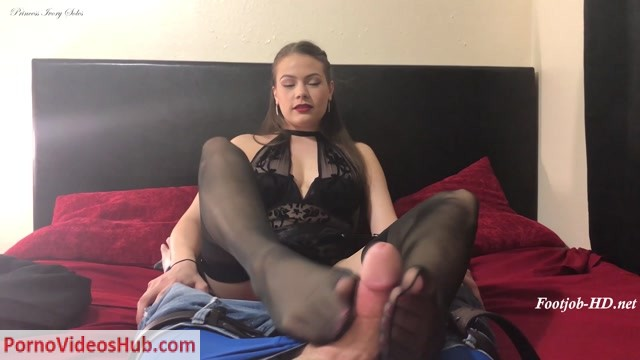 Watch Online Porn – Cum Glazed Pantyhose Footjob – Ivory Soles (MP4, FullHD, 1920×1080)