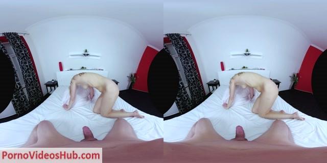 CzechVRCasting_presents_Stacy_Saint_in_VR_Casting_136_Blonde_On_Casting.mp4.00008.jpg