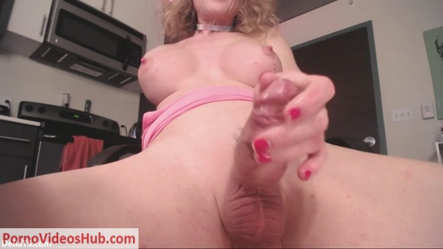 Deliats_presents_Delia_TS_-_Camshow__Toes_and_Toy___07.01.2019.mp4.00015.jpg