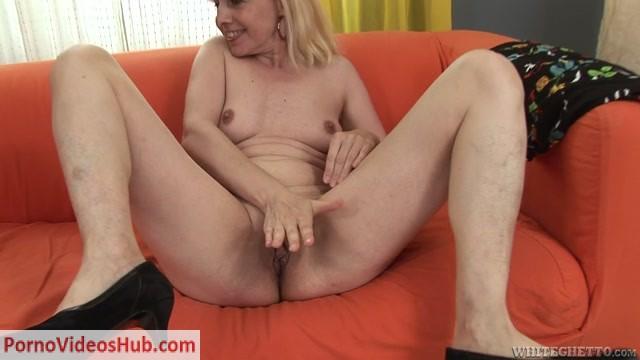 Watch Online Porn – GrannyGhetto presents I Was 1850 Years Ago 09 s03 Franco Roccaforte Koko Blond 720p (MP4, HD, 1280×720)