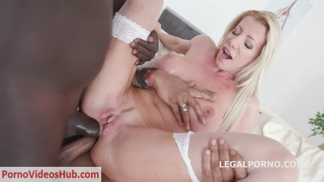 LegalPorno_presents_Double_Anal_Creampie_with_Lara_De_Santis_Balls_Deep_Anal_DAP_Gapes_Creampie_GIO832___19.01.2019.mp4.00001.jpg