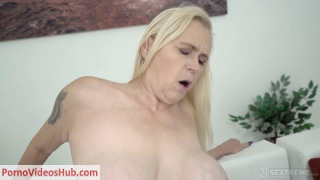Watch Online Porn – LustyGrandmas presents Violett, Mugur in Tainted Love – 10.01.2019 (MP4, FullHD, 1920×1080)