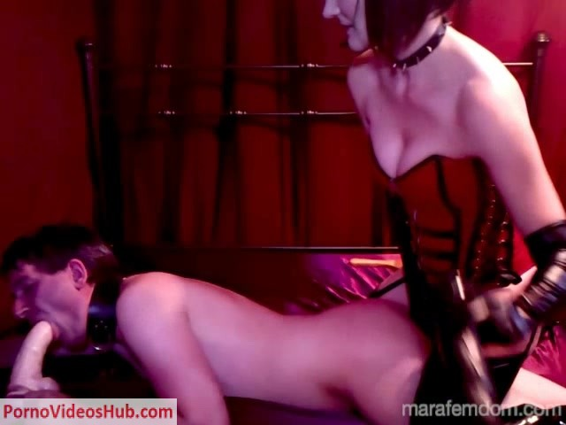 Watch Online Porn – MaraFemdom – Mara Strap-on Dominatrix – Mara 27 Toy Bang (MP4, SD, 640×480)