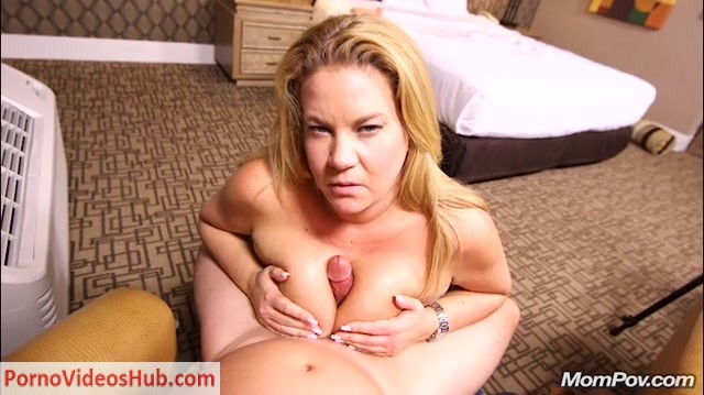 Watch Online Porn – Mompov presents Abigail in Thick big natural tits blonde MILF – 24.01.2019 (MP4, SD, 720×404)