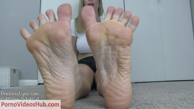 Watch Online Porn – Princess Lyne – Made to Worship My Soles (MP4, FullHD, 1920×1080)