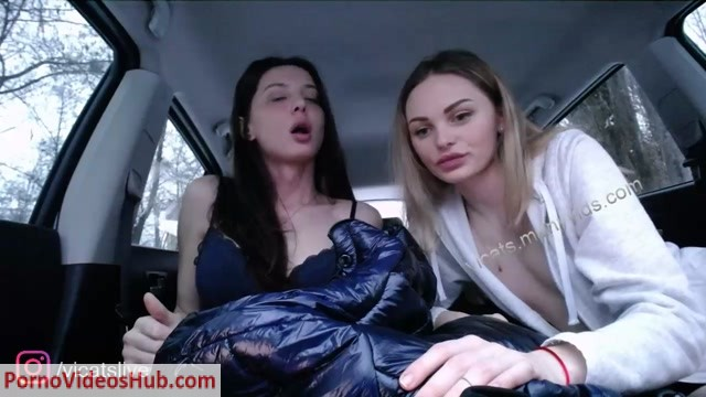 Watch Online Porn – Shemale Webcams Video for January 27, 2019 – 37 (MP4, HD, 1280×720)