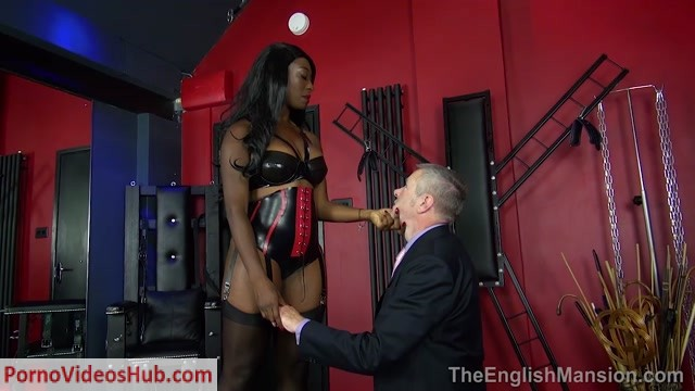 Watch Online Porn – The English Mansion – Miss Foxx – Trophy Wife's Surprise Part 1 (MP4, HD, 1280×720)