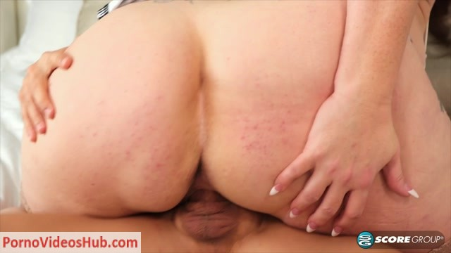 Watch Online Porn – 40SomethingMag presents Kaiserin Dee in The super-busty MILF's first time – 21.02.2019 (MP4, FullHD, 1920×1080)