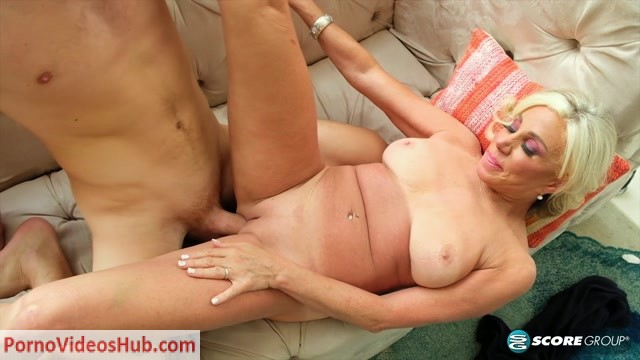 50PlusMilfs_presents_Payton_Hall_in_Payton_is_56._The_guy_she_s_fucking_is_25.___21.02.2019.mp4.00011.jpg