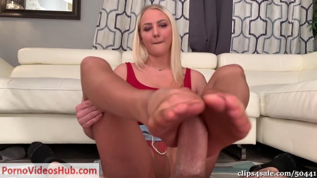 Watch Online Porn – Bratty Babes Own You – 19 YR Old Babysitter Footjob Blackmail HD Ally s First Footjob (MP4, FullHD, 1920×1080)