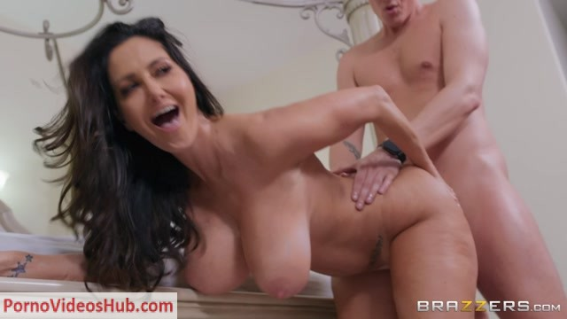 Brazzers_-_MommyGotBoobs_presents_Ava_Addams_in_Affirmation_to_Tit_Formation___26.02.2019.mp4.00015.jpg