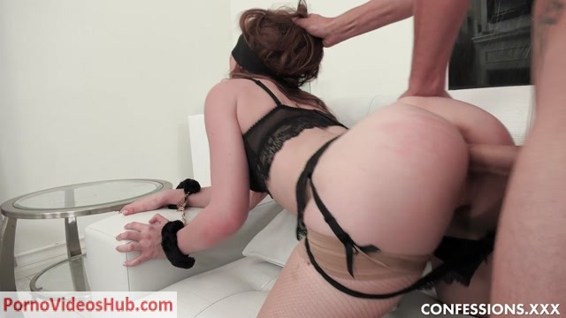 CherryPimps_-_Confessions_presents_Danni_Rivers_-_Blindfold_And_Fuck_Me___26.02.2019.mp4.00008.jpg