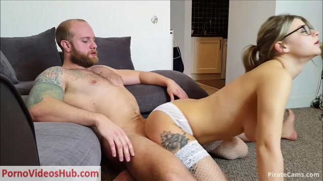 ManyVids_Webcams_Video_presents_Girl_Isla_White___Bribed_into_fucking_my_step_dad.mp4.00009.jpg