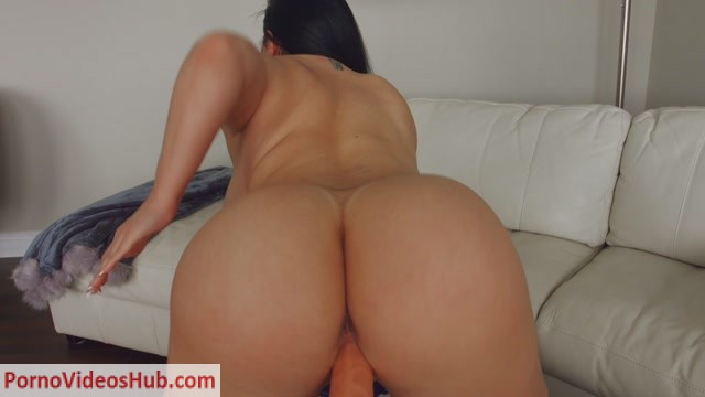 ManyVids_presents_Korina_Kova_-_My_Neighbors_Advice__Premium_user_request_.mp4.00010.jpg