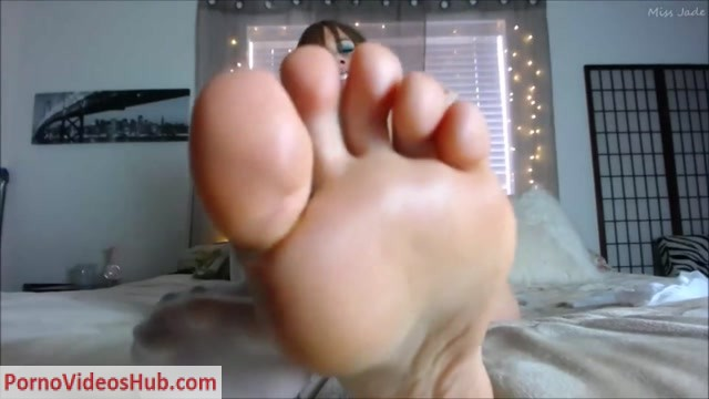 Watch Online Porn – Miss Jade – Foot Slave JOI Fantasy (MP4, FullHD, 1920×1080)