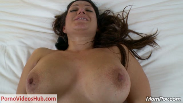 Watch Online Porn – MomPov presents Suzy (MP4, HD, 1280×720)