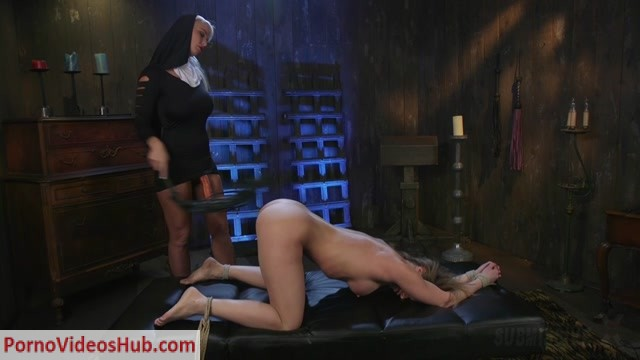 Submissivex_presents_Ariel_X__London_River_in_Religious_Penance_with_Flogging__Zippers__and_Anal___05.02.2019.mp4.00006.jpg