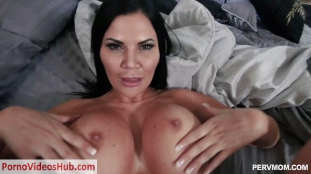 Watch Online Porn – TeamSkeet – PervMom presents Jasmine Jae in Masturbation Sensations – 09.02.2019 (MP4, HD, 1280×720)