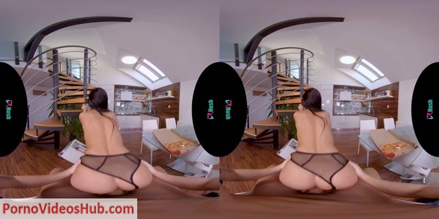 Watch Online Porn – VRhush presents Lexi Dona in I Hope You Brought Some Pizza (MP4, UltraHD/2K, 3840×1920)