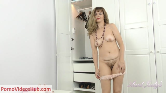 Watch Online Porn – Auntjudies presents Olga (MP4, FullHD, 1920×1080)