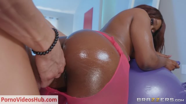 Watch Online Porn – Brazzers – BigWetButts presents Skyler Nicole – Balling Out – 10.03.2019 (MP4, FullHD, 1920×1080)