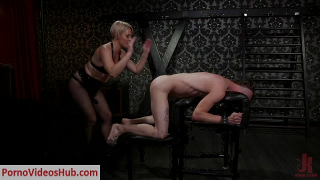 DivineBitches_presents_Locked_and_Loaded__Helena_Locke_drives_Jessie_Sparkles_to_the_edge___26.03.2019.mp4.00005.jpg