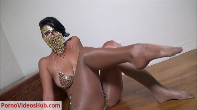 Watch Online Porn – Enchanting Masturbation Control – Powerful Golden Goddess (MP4, HD, 1280×720)