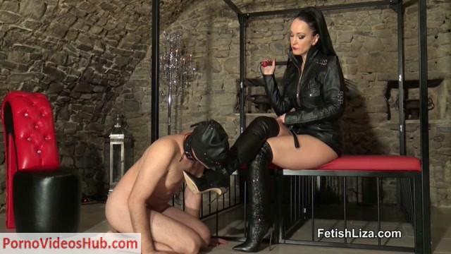 Fetish_Liza___Casadei_boot_fucking_slave_part_1.mp4.00007.jpg