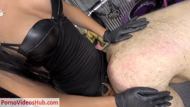 House_of_Sinn_-_A_passionate_fuck_from_Mistress_Sheyla.mp4.00015.jpg