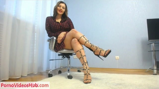 Watch Online Porn – HumiliationPOV – Miss Honey – Barefeet My Heels Taste So Good To Your Brain Without Even Licking Them (MP4, HD, 1280×720)