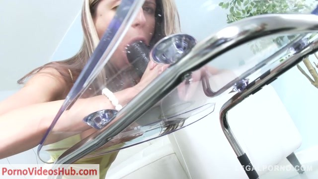 LegalPorno_presents_Gina_Gerson_oil_play_enema_airtight_DP_SZ1472___22.03.2019.mp4.00002.jpg
