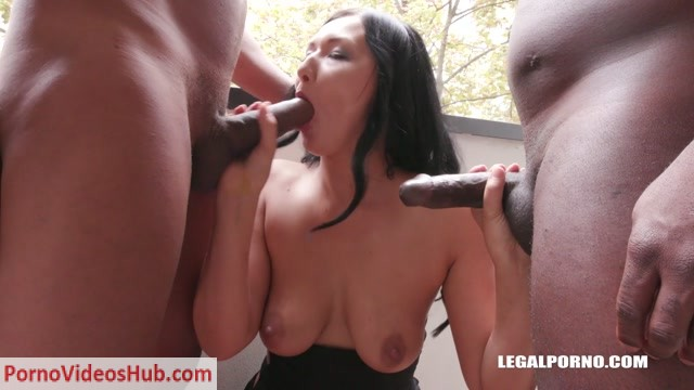 Watch Online Porn – LegalPorno presents Tatiana Swank Vanessa Vaughn come back to enjoy black feeling IV269 – 01.03.2019 (MP4, HD, 1280×720)
