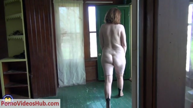 Mature.nl_presents_Brie__52_.mp4.00006.jpg