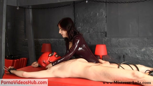 Mistress_Lola_Ruin_FemDom_Fetish_-_Slave_gets_fed_his_Ruined_Orgasm.mp4.00000.jpg