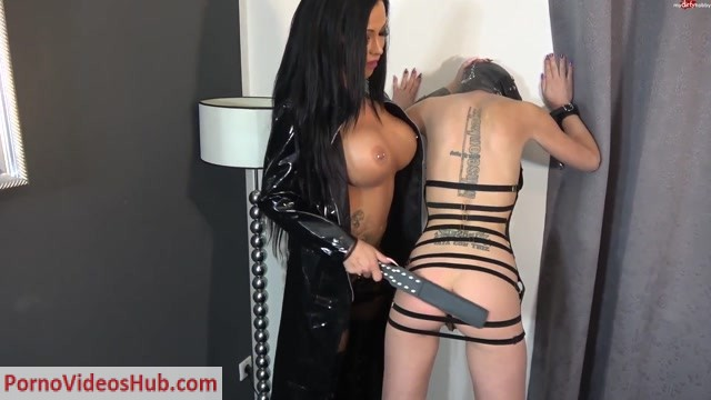 Mydirtyhobby_presents_JackyLawless_-_Fick_Sklavin_schreit_wie_am_Spie_.mp4.00000.jpg