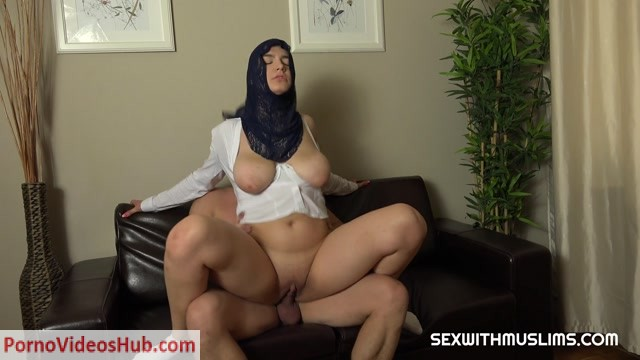 SexWithMuslims_presents_Marry_Morgan_-_BIG_BOOBS_HIJAB_GIRL___29.03.2019.mp4.00012.jpg