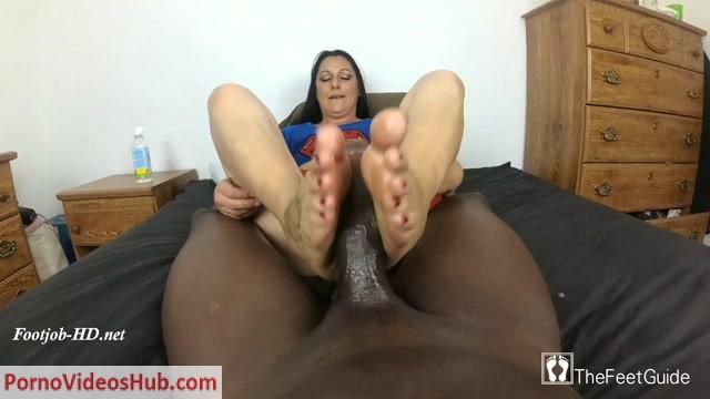 Watch Online Porn – Superwoman Loves BBC – TheFeetGuideTV (MP4, FullHD, 1920×1080)