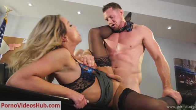 Transgendered_Bosses_-_Scene_1.mp4.00009.jpg