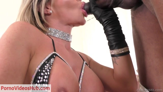Transsexual_Addiction__05_-_s03_Marissa_Minx__Sean_Michaels.mp4.00002.jpg