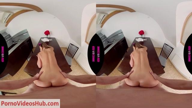 Watch Online Porn – VRConk presents Vinna Reed in Metoo (MP4, UltraHD/2K, 2560×1440)