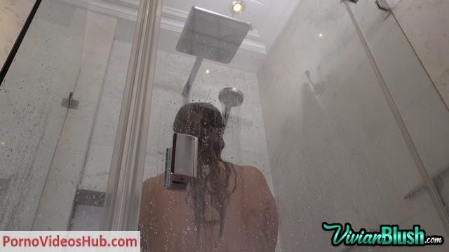 Watch Online Porn – VivianBlush presents Vivian Blush in Shower – Peeper's Thrill (MP4, FullHD, 1920×1080)