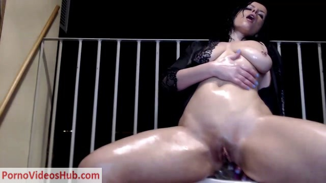 naughtyelle_Live_Webcam_Show___10.03.2019.mp4.00006.jpg