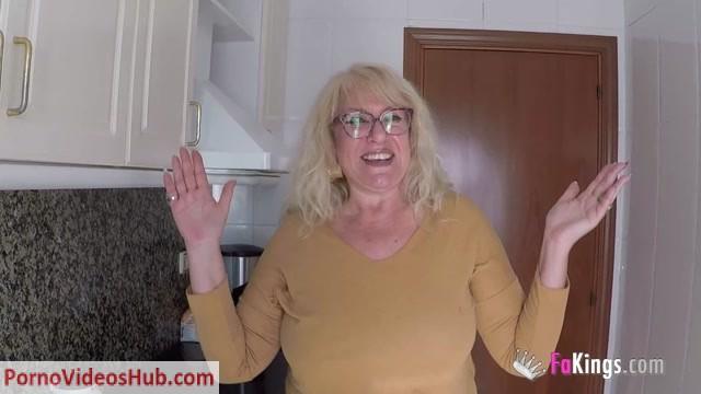 Watch Free Porno Online – FAKings presents Asunto: Quiero follar con la Señora Fina. Este es el grito de guerra de los yogurines de España. Envíanos un email! (MP4, HD, 1280×720)