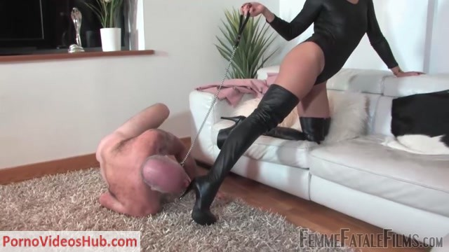 Watch Online Porn – Femme Fatale Films – Boots Made For Trampling – Complete Film. Starring The Hunteress (MP4, FullHD, 1920×1080)