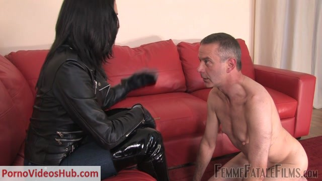 Femme_Fatale_Films___Clean_My_Boots._Starring_The_Hunteress.mp4.00011.jpg